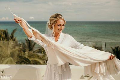 Fotografías de Anna & Taylor - TULUM - Akumal Bay de Luxart Wedding Studio